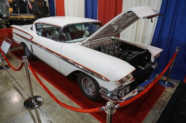 More Classics at Grand National Roadster Show 2017