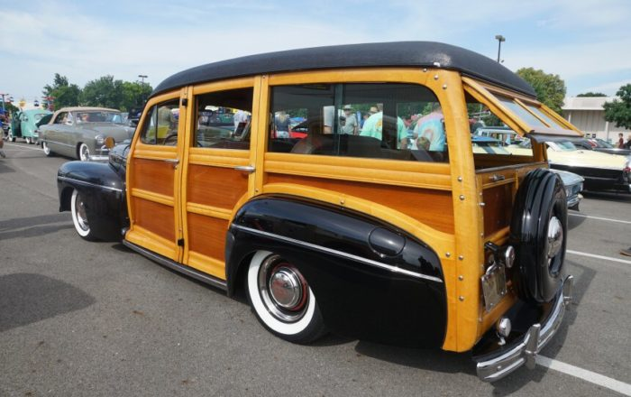 8 1946 Ford Woodie Wonderful Woodie Award