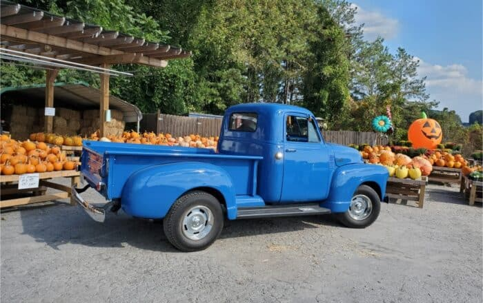 1 1951 Chevy Pickup (lead Photo)
