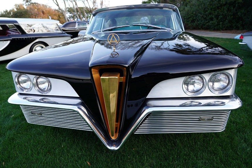 The Mystery Car — It's Not an Edsel, It's a Scimitar