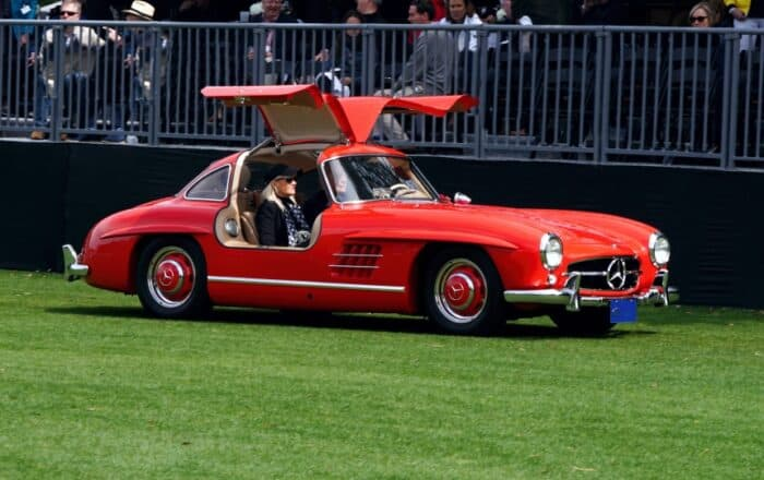 4 Mercedes Benz Gullwing