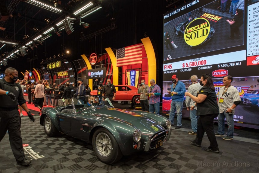 Carroll Shelby's 427 Cobra Sells at Mecum Kissimmee